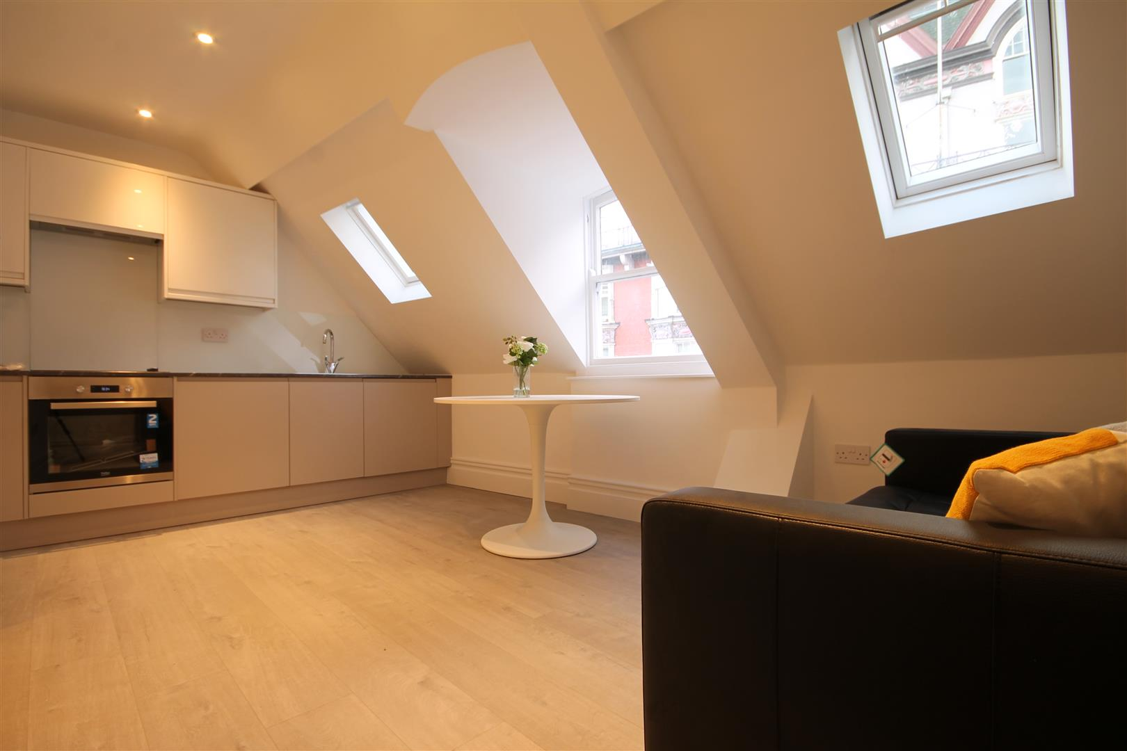 8 40 Dean Street Newcastle Upon Tyne, 1 Bedrooms  Apartment ,To Let